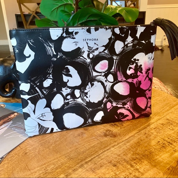 Sephora Other - SEPHORA Large Clutch make up bag with Tassle NEW